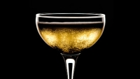 mj-390_294_why-you-should-drink-champagne-year-round