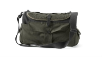 mj-618_348_11-camera-bags-any-photographer-should-own