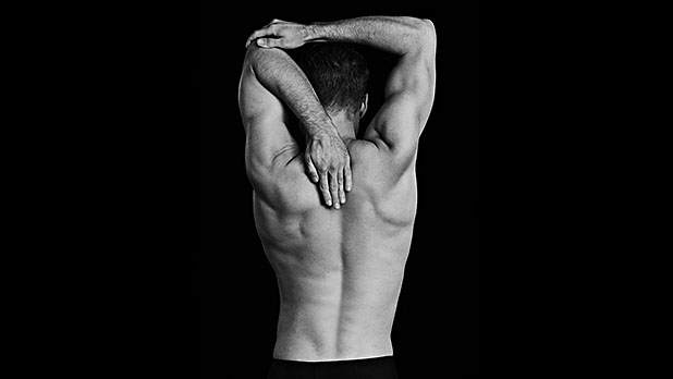 mj-618_348_17-stretches-every-man-should-know-torso-release