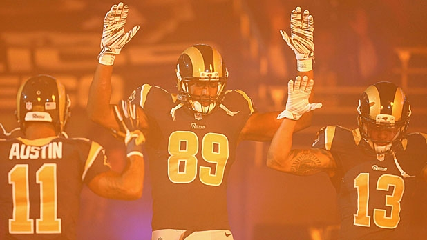 mj-618_348_18-st-louis-rams-hands-up-protest-controversies-of-2014