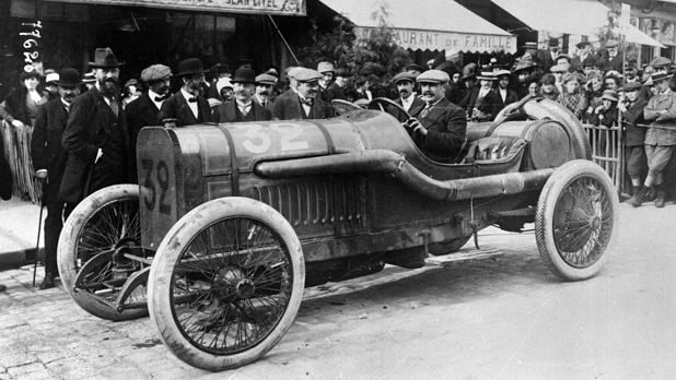 mj-618_348_1912-peugeot-dohc-the-dual-overhead-cam-engine-racing-improves-the-breed