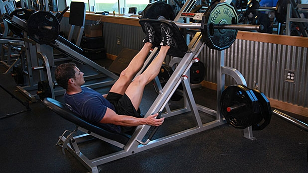 mj-618_348_6-smart-machines-to-use-in-the-gym