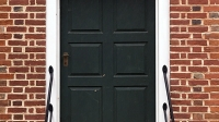 mj-618_348_align-the-front-door-a-checklist-for-homeowners