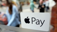 Apple Pay will launch at Starbucks, Chili's, and KFC in 2016.