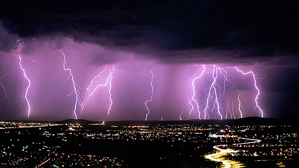 mj-618_348_as-the-globe-warms-lightning-will-increase