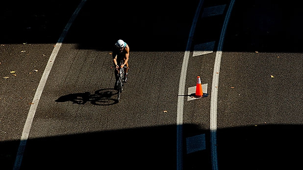 mj-618_348_bike-focus-on-your-glutes-ironman-tips