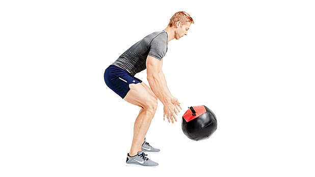 mj-618_348_build-your-own-gym-x-training-20-pound-wall-ball