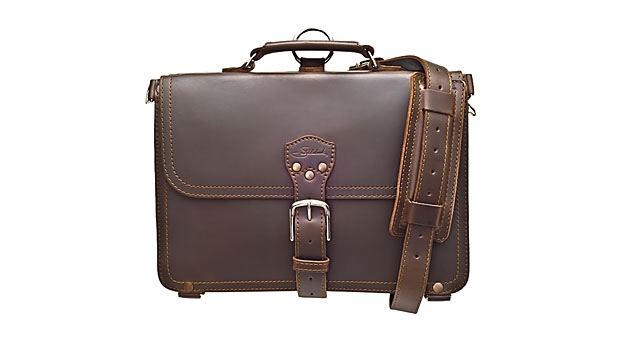 mj-618_348_business-bags-built-to-last-saddleback-briefcase-thin