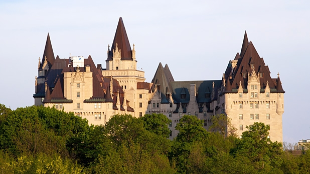 mj-618_348_chateu-laurier-castles-you-can-stay-in
