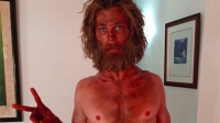 "Chris Hemsworth posted a photo of his extreme weight loss for ""In the Heart of the Sea."""