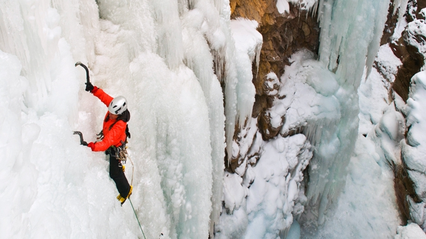mj-618_348_colorados-supreme-ice-climbing-park