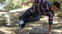 mj-618_348_comedian-jake-johnson-puts-his-stretch-denim-to-the-ultimate-parkour-test