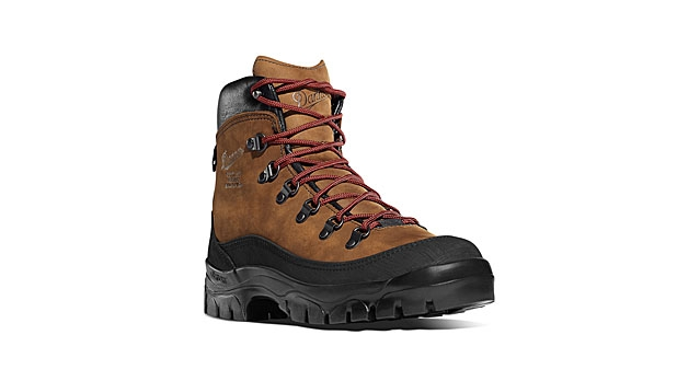 mj-618_348_danner-crater-rim-6-best-boots-for-fall