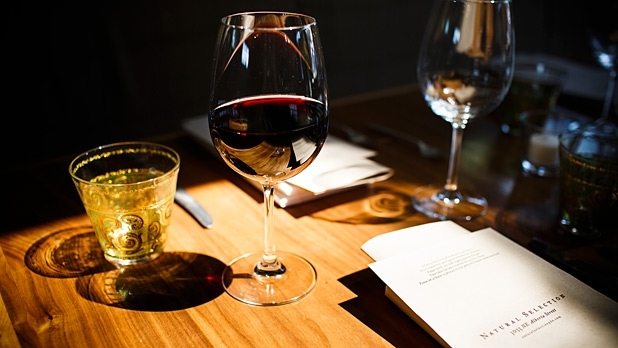 mj-618_348_drink-pairings-for-veggie-meals-veggies-dont-work-with-bold-wines