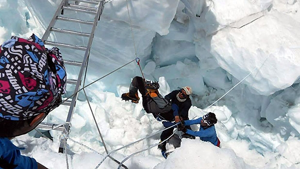 mj-618_348_ed-viesturs-what-went-wrong-on-everest