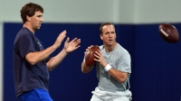 mj-618_348_eli-manning-on-why-his-brother-is-going-to-win