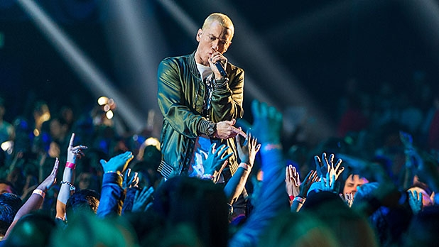 mj-618_348_eminem-the-home-body