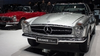 mj-618_348_everything-old-is-cool-again-brabus-classics-these-11-cars-and-trucks-rocked-geneva
