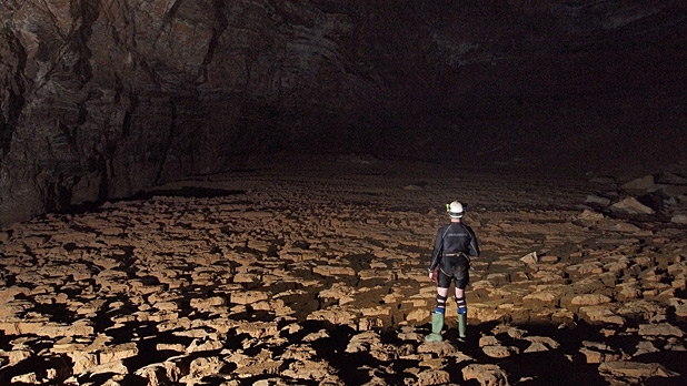 mj-618_348_exploring-the-deepest-cave-in-the-western-hemisphere