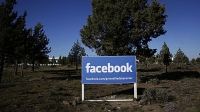 mj-618_348_facebook-buys-oculus-rift-the-biggest-moments-in-consumer-electronics-in-2014