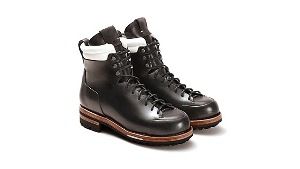 mj-618_348_feit-arctic-hiker-best-boots-for-fall