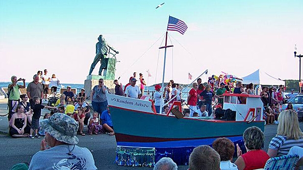 mj-618_348_fishtown-horribles-parade-best-places-to-celebrate-fourth-of-july