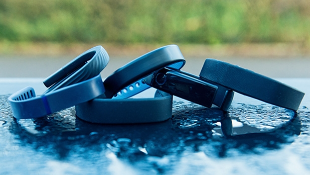 mj-618_348_fitness-trackers-become-useful-the-top-health-fitness-moments-of-2014