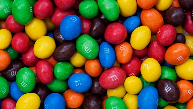 mj-618_348_five-rules-for-a-healthier-halloween-stay-full-with-peanut-m-ms