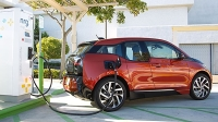 mj-618_348_for-the-city-driver-who-likes-to-drive-2016-bmw-i3-11-electric-cars-that-you-can-buy-now