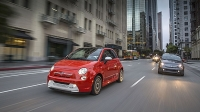 mj-618_348_for-the-ev-driver-who-wants-to-stand-out-even-more-2016-fiat-500e-11-electric-cars-that-you-can-buy-now