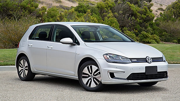 mj-618_348_for-the-volkswagen-enthusiast-2016-volkswagen-e-golf-11-electric-cars-that-you-can-buy-now