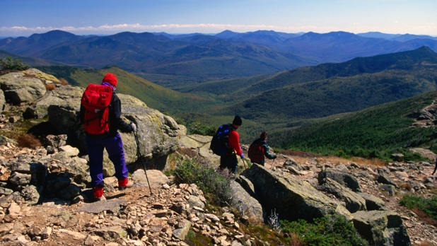 mj-618_348_franconia-ridge-traverse-white-mountains-nh-best-trails-hike-backpack