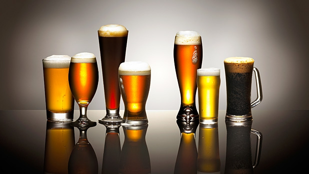 mj-618_348_glass-shape-affects-drinking-speed