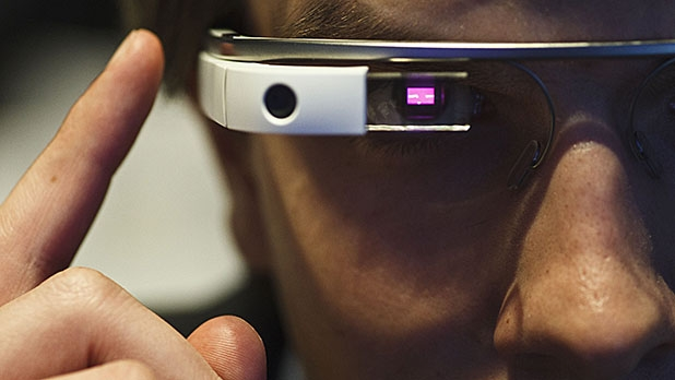 mj-618_348_google-glass-meets-human-rage-the-biggest-moments-in-consumer-electronics-in-2014
