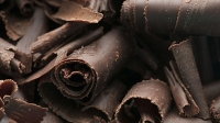 mj-618_348_health-benefits-of-dark-chocolate