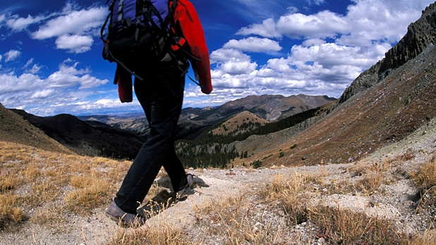 mj-618_348_hike-the-continental-divide-10-real-adventures-for-mere-mortals