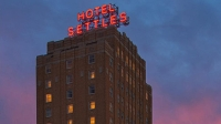 mj-618_348_hotel-settles-big-spring-tx-10-historic-building-turned-into-great-hotels