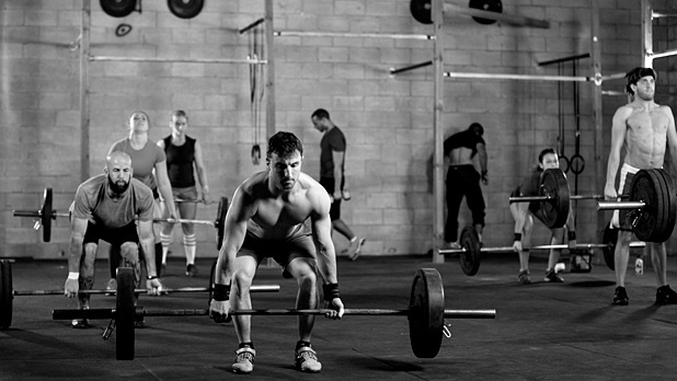 mj-618_348_how-to-add-crossfit-to-your-workout-without-joining-the-gym