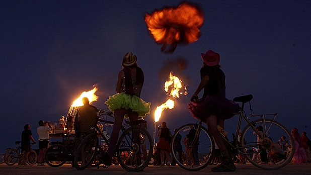 mj-618_348_how-to-avoid-the-bugs-at-burning-man