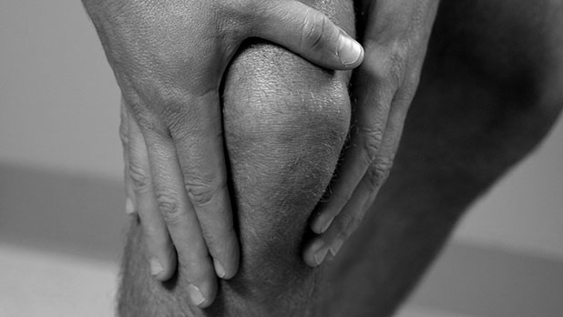 mj-618_348_how-to-avoid-the-worst-sports-injuries