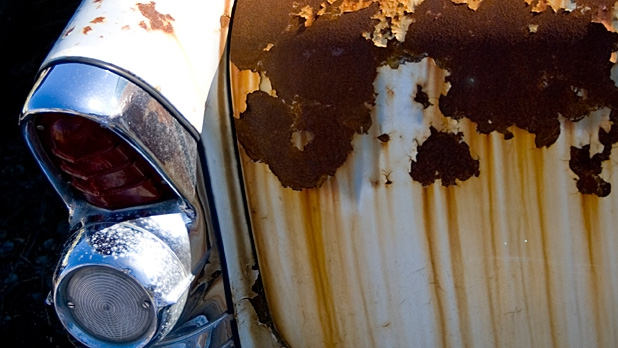 mj-618_348_how-to-buy-a-vintage-car-see-rust-run