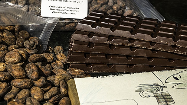 mj-618_348_how-to-make-artisanal-chocolate-at-home