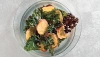 mj-618_348_how-to-make-perfectly-crisp-and-savory-kale-chips