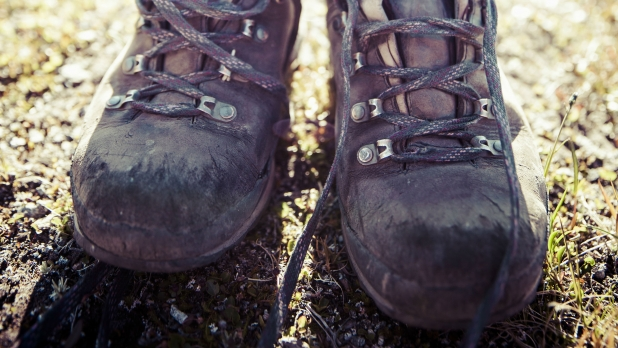 21633356bcf How to Resole Hiking Boots - Men's Journal