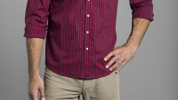 mj-618_348_how-to-untuck-your-shirt-and-look-good