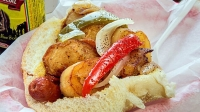 mj-618_348_italian-hot-dog-20-must-try-hot-dogs-in-america