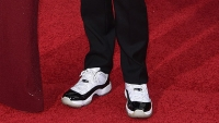 Jason Sudeikis shows off his Jordan Concord Live XIs at the Golden Globes, somehow distracts world from Olivia Wilde.