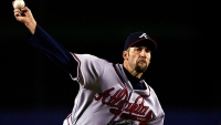 John Smoltz of the Atlanta Braves throws a pitch against the New York Mets, September 12, 2007 in New York City.