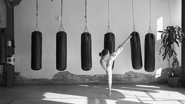 mj-618_348_kickboxing-best-calorie-burning-workouts