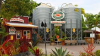mj-618_348_kona-brewing-company-the-best-brewery-tours-in-america